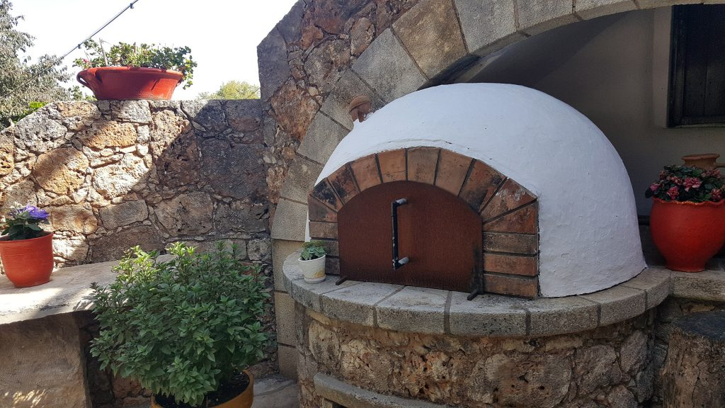 Wine and olive oil Tasting in Crete - outdoor